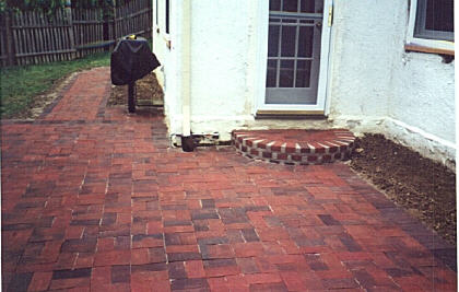 Brick steps 4.jpg (28585 bytes)