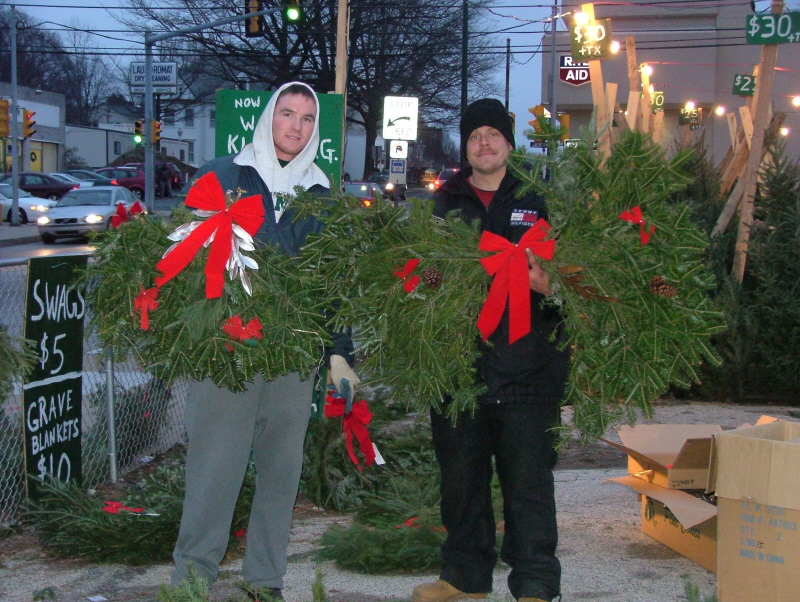 Christmas Grave Blankets For Sale Near Me.Selling Christmas Trees In Lansdowne Pa For Over 40 Years