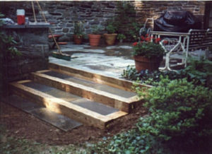 Flagstone and Tie Steps.jpg (33265 bytes)