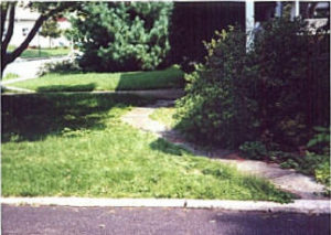 Paver Walk Dimond Run Before.jpg (22781 bytes)
