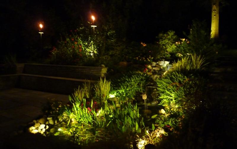 Outdoor Garden And Landscape Lighting Installation Newtown